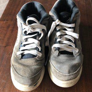 7Y Grey Jordans